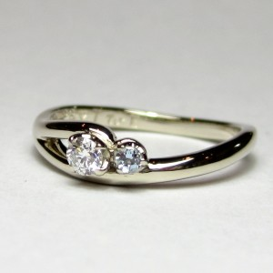 engagement ring 715